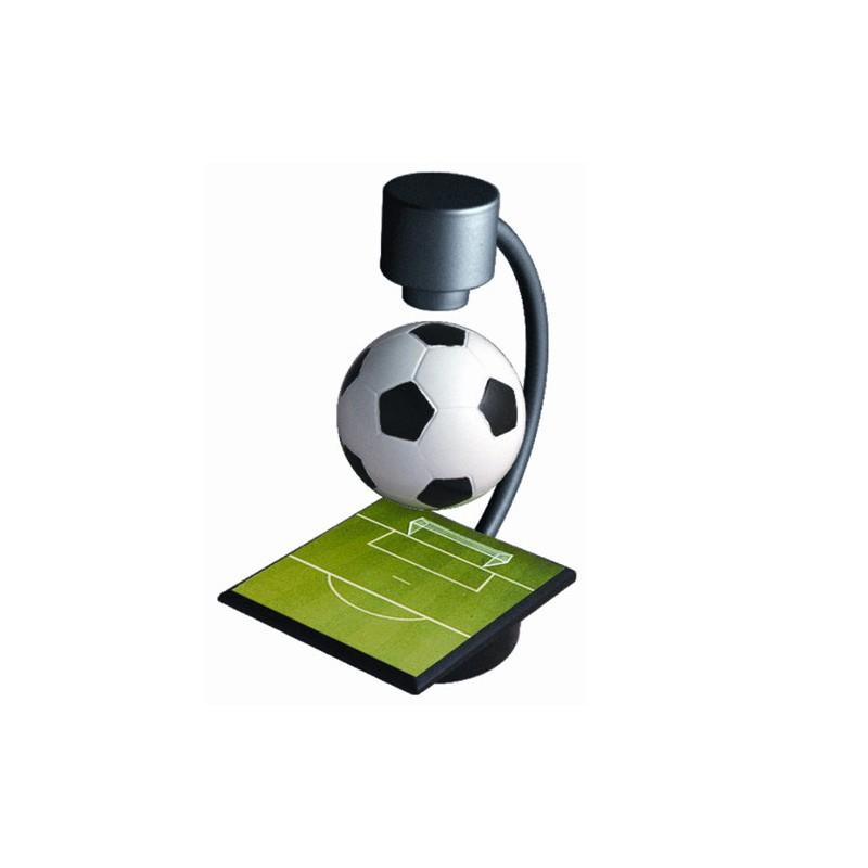 Fotbalistův sen - zero gravity levitující fotbalový míč