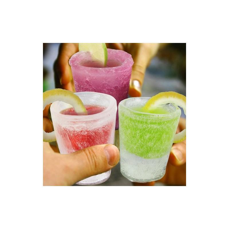 ledové panáky - vyrobte si panákové skleničky z ledu nebo z vybraného nápoje!