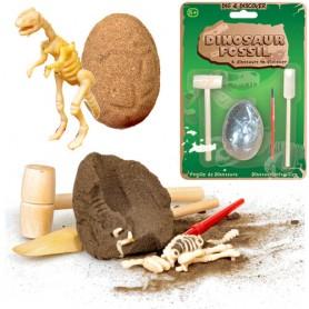 Dinosauří vejce s ukrytou zkamenělinou