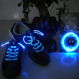 Elektrické svítící tkaničky