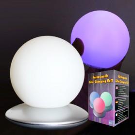 Světelná koule s nabíjecí základnou