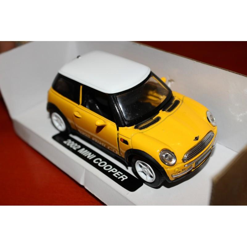 Floatin Ideas model oblíbeného automobilu Mini Cooper pro vložení do levitačního stojanu